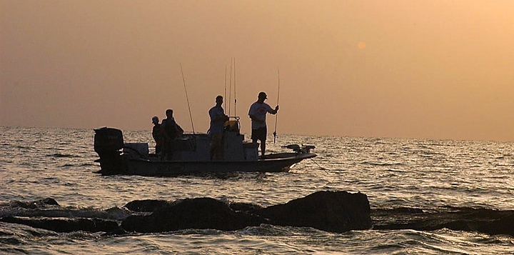 Where to fish all over galveston island texas island for Texas saltwater fishing magazine