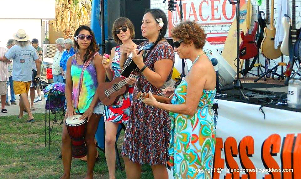The Ukuladies live music galveston tx downtown free 4