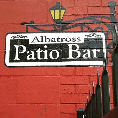 albatross-bar-galveston-tx-dive-bar-2