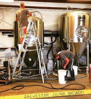 Galveston-Brewing-7